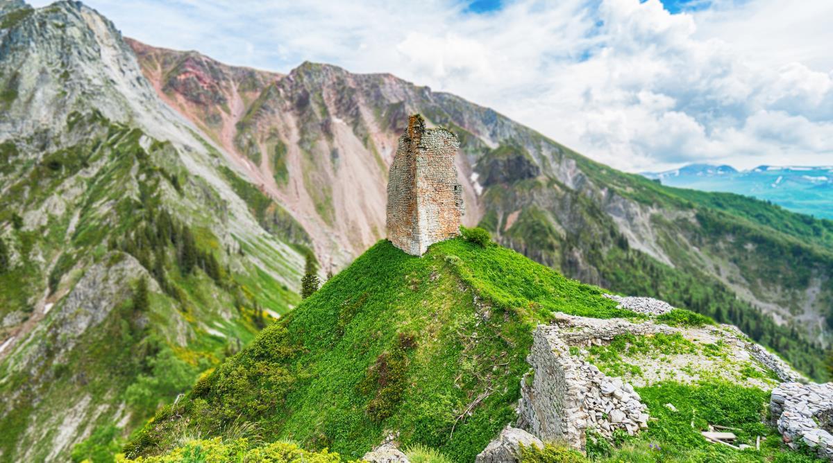 10 გასაოცარი ადგილი საქართველოში, რაც უნდა ნახო